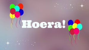 hoera! (blog 1 jaar foto) in paint